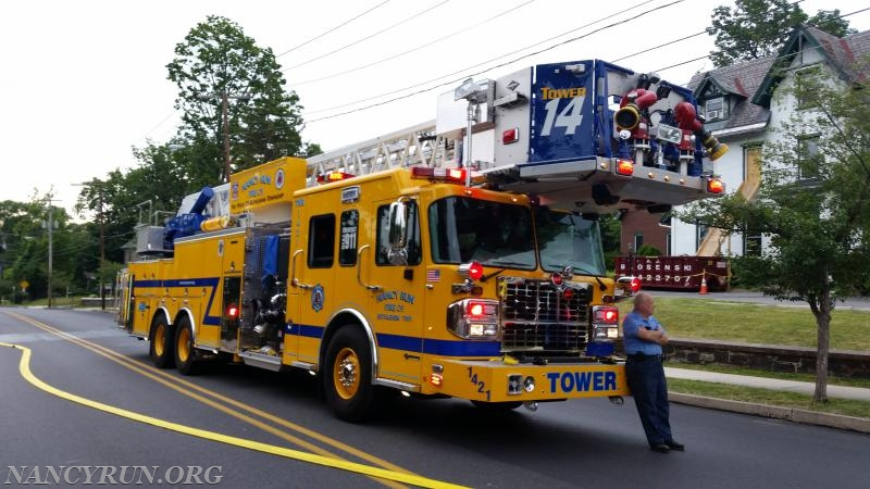 Tower Ladder 1421 assisting Fountain Hill Borough.